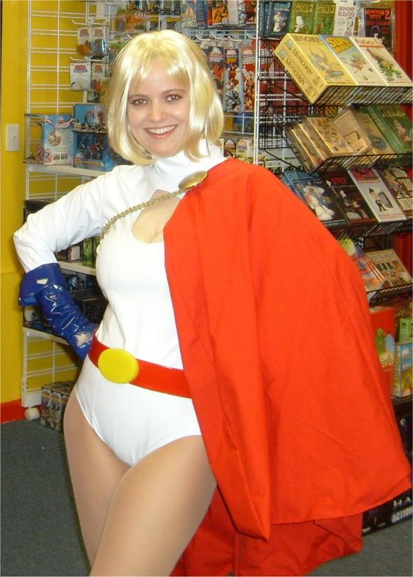 power girl costume PowerGirl_01