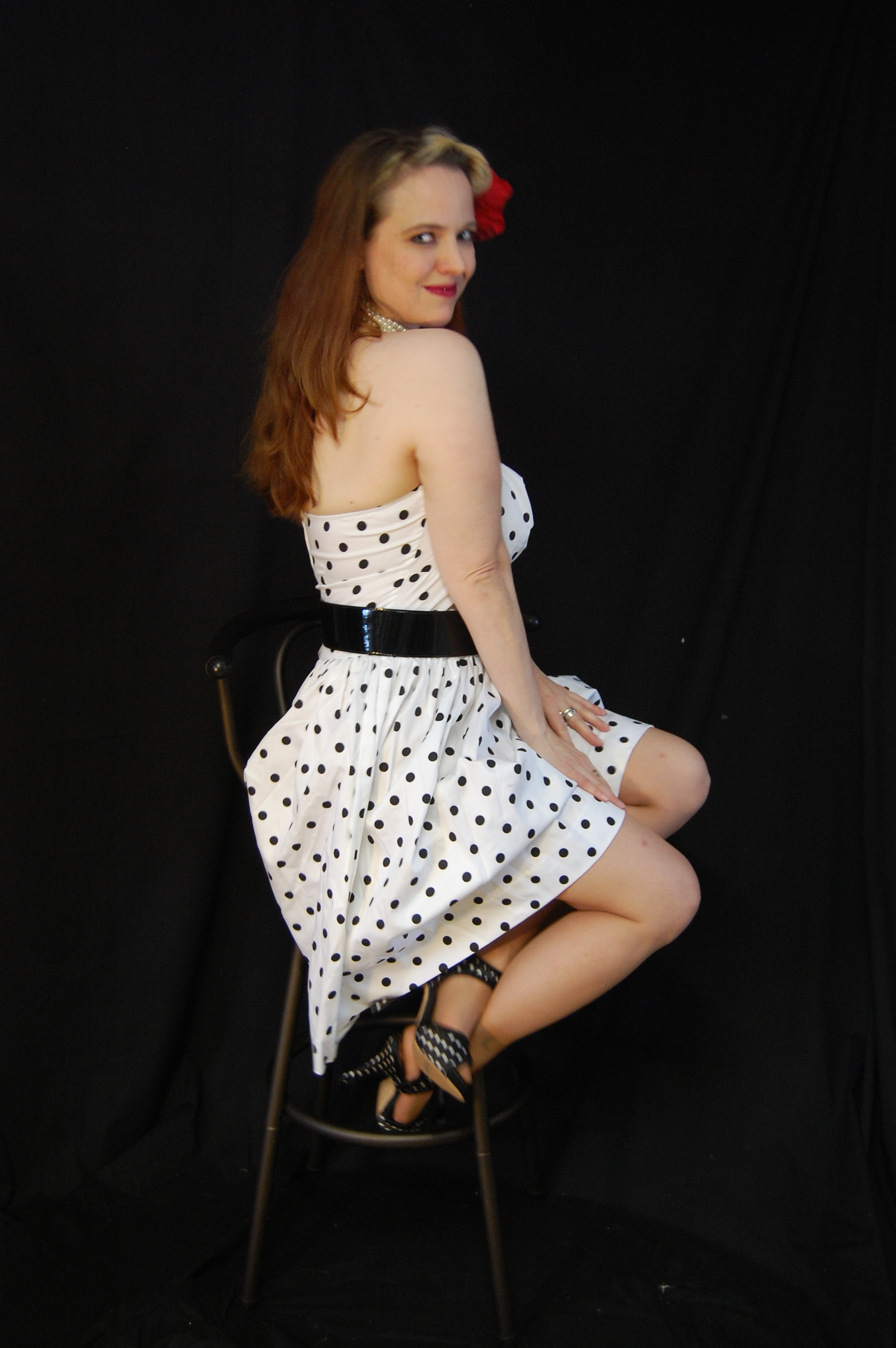 2010 Fife pinup white dress 0152
