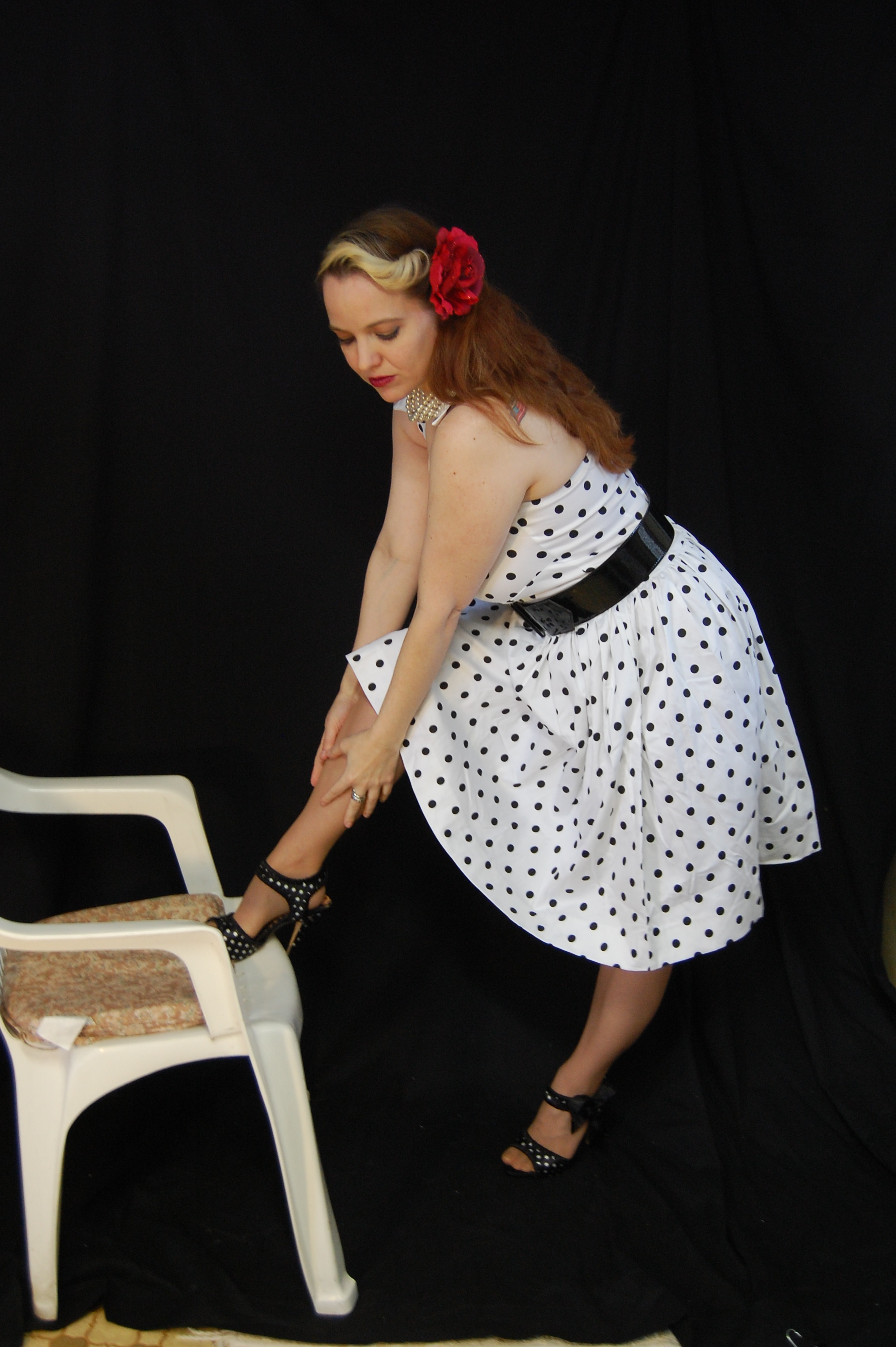 2010 Fife pinup white dress 0298