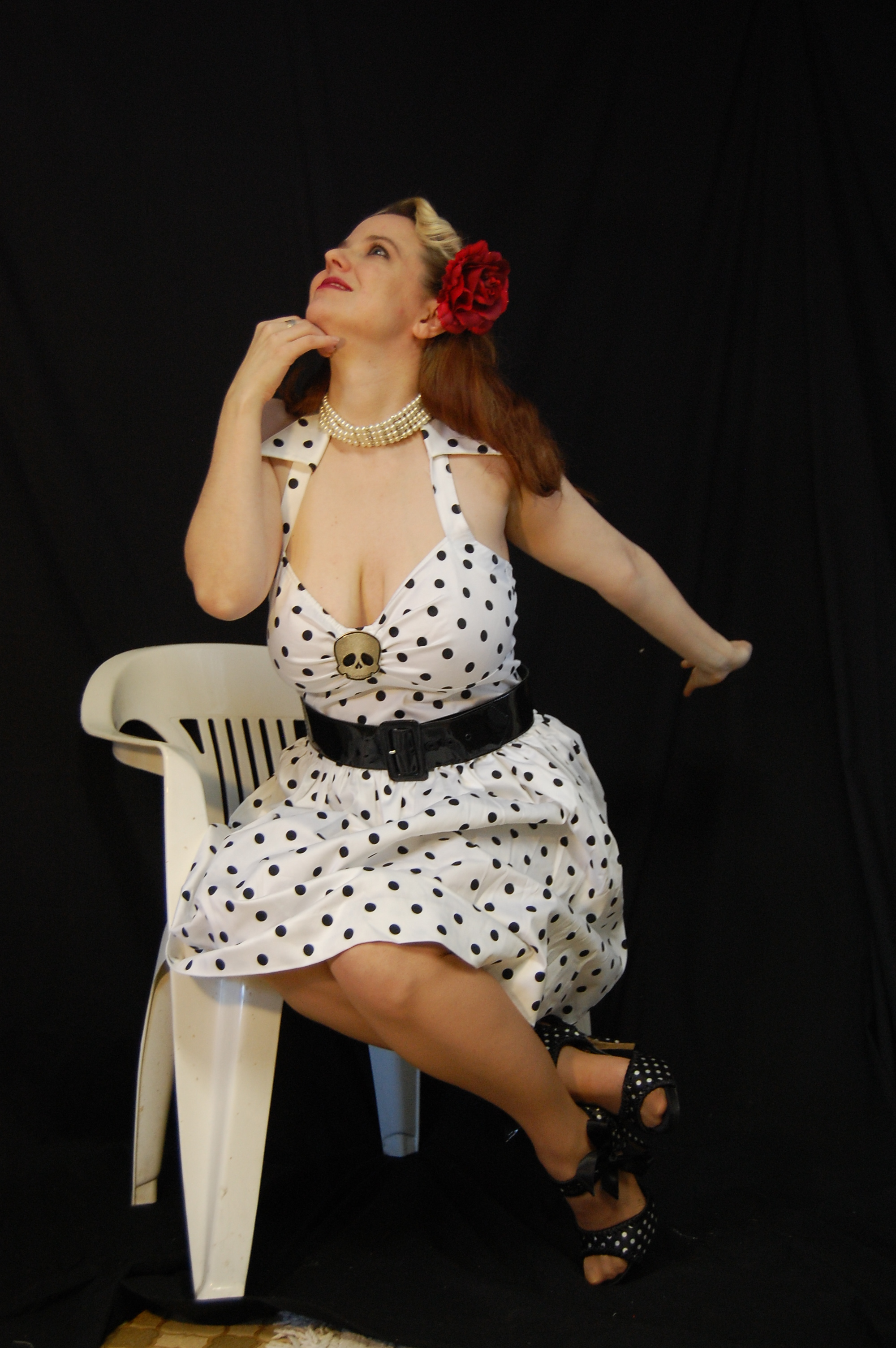 2010 Fife pinup white dress 0401
