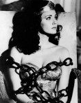 lynda_carter-ww-chains
