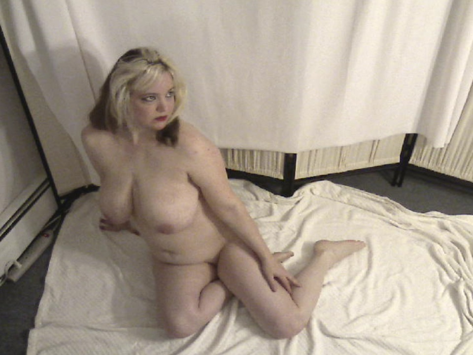 nudes, figure pose, nsfw, amberunmasked, amber love, xxx