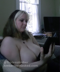 20140525_141726 amber topless reading pulp