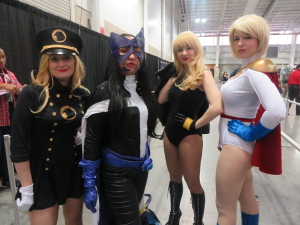 dc cosplayers birds of prey ny special edition comic con
