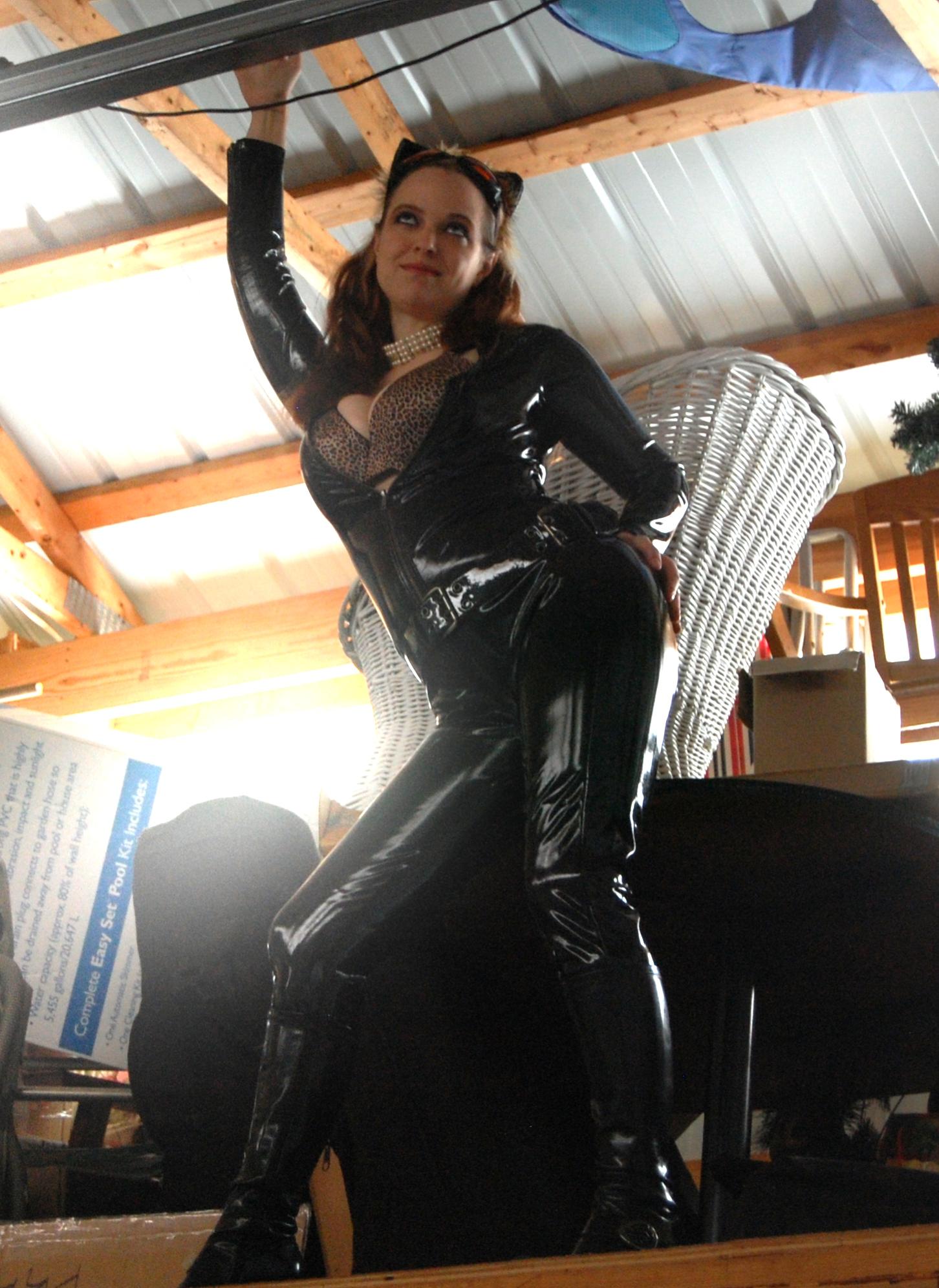catwoman_16sm