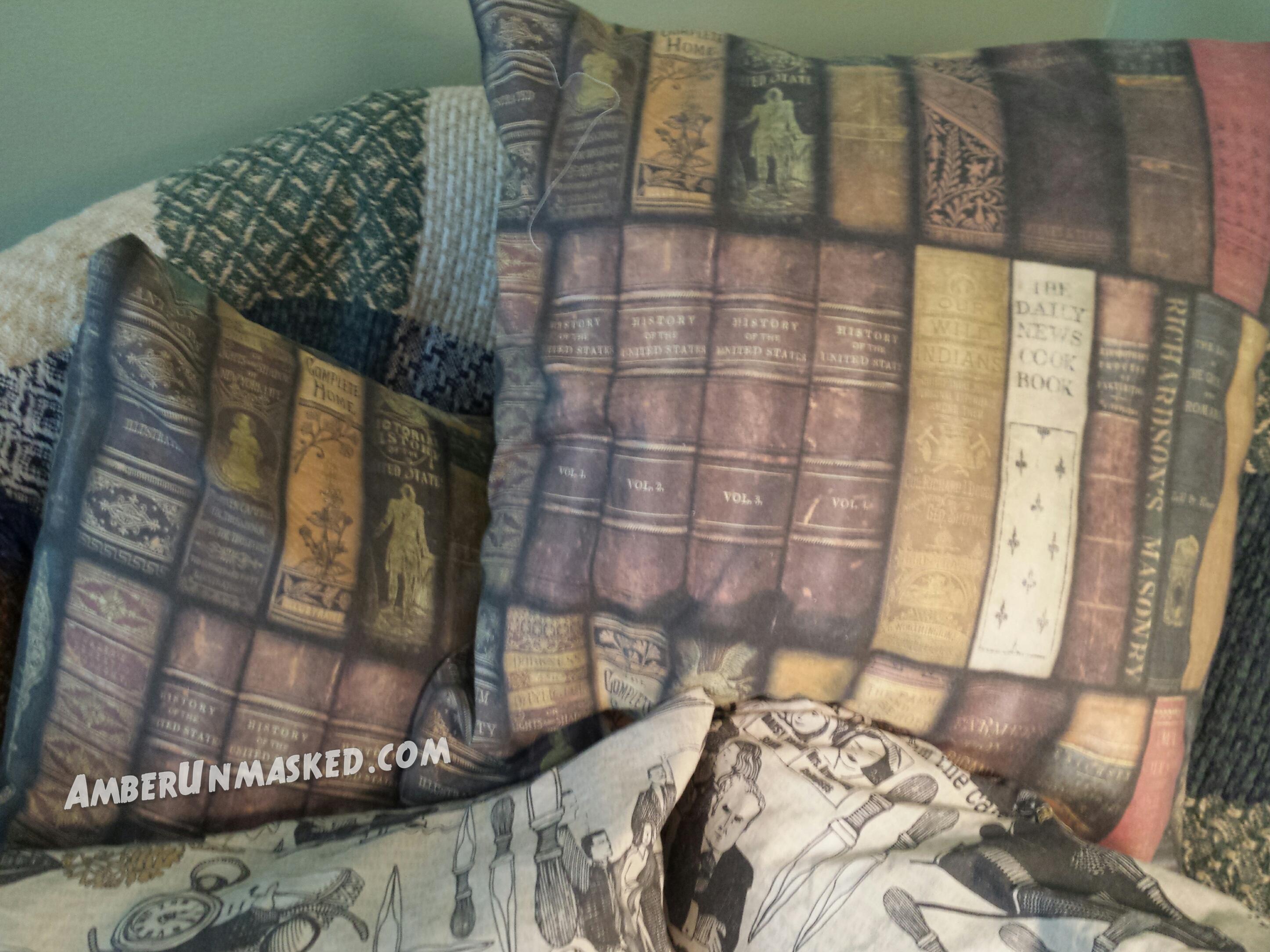 pillows2_wm
